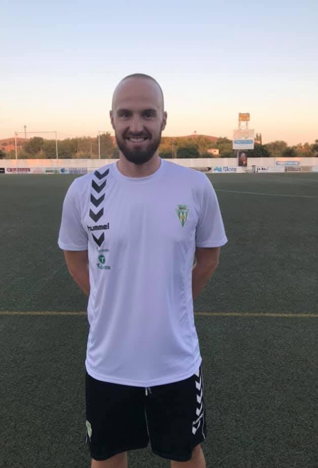jesus david romero jugador herencia futbol - Jesús David Romero jugará un año más con el Herencia C.F.