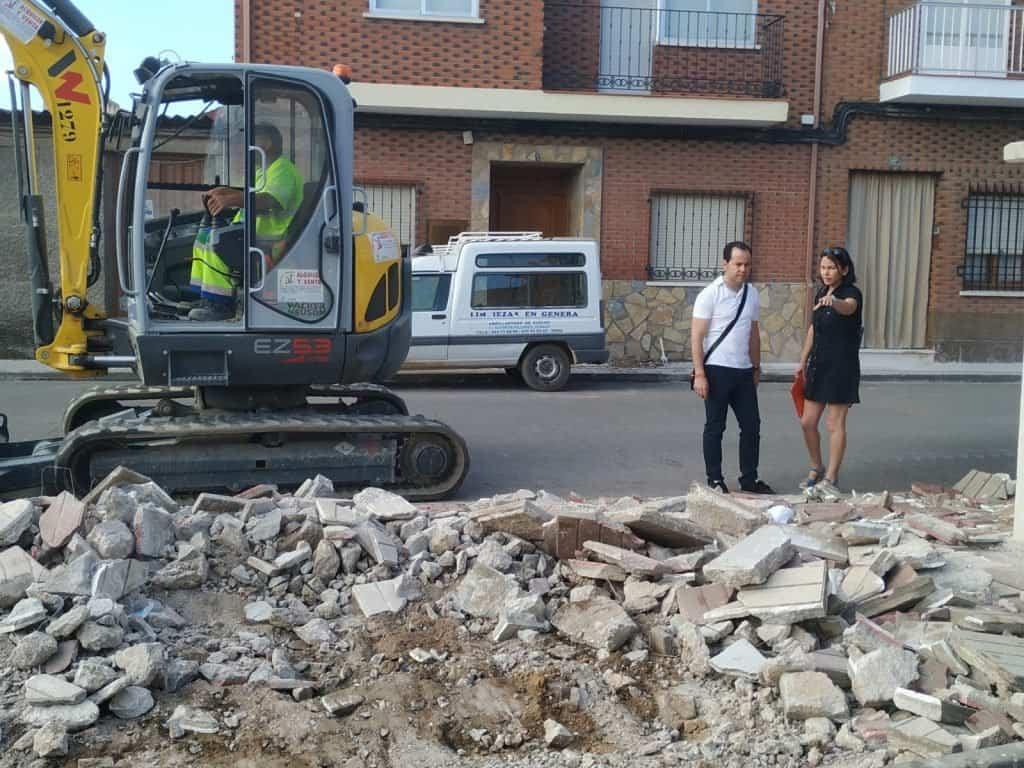 obras acerado avenida Labradora de Herencia2 - Comienzan las obras de renovación del acerado en la Avenida de la Labradora