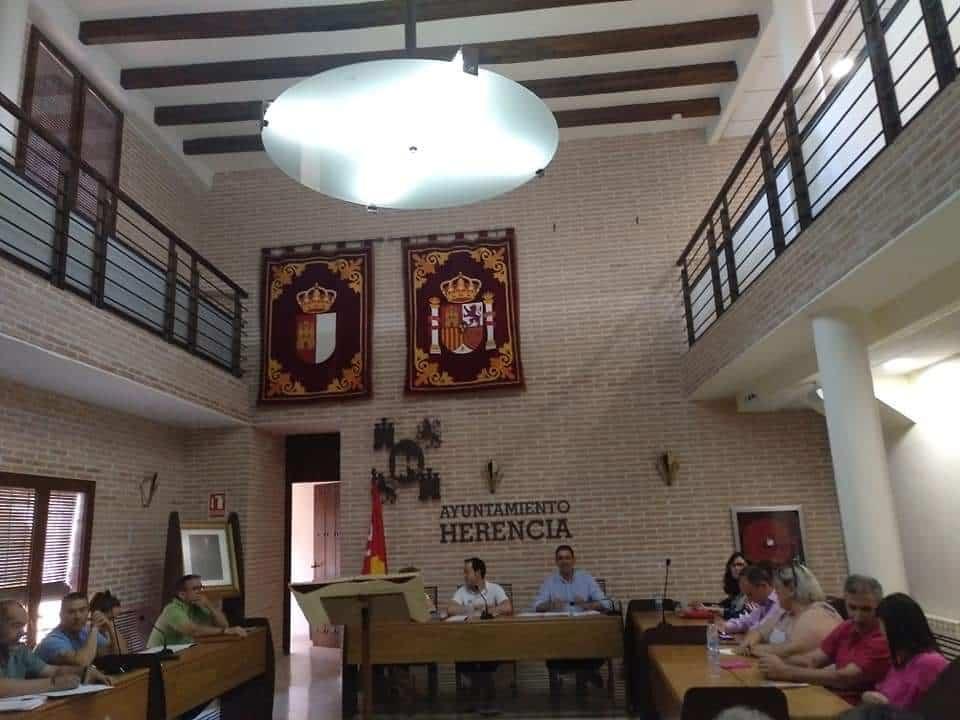 pleno municipal herencia - nueva estructura municipal y los representantes de los órganos colegiados