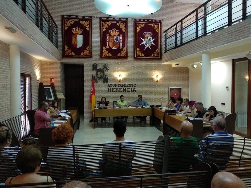 20190724 Pleno Cs Herencia 1068x801 - Cs Herencia lamenta que el equipo de Gobierno haya querido limitar la palabra y la acción de la oposición