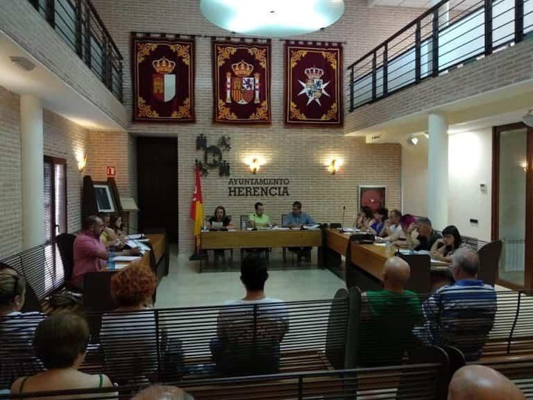 Cs Herencia lamenta que el equipo de Gobierno haya querido limitar la palabra y la acción de la oposición