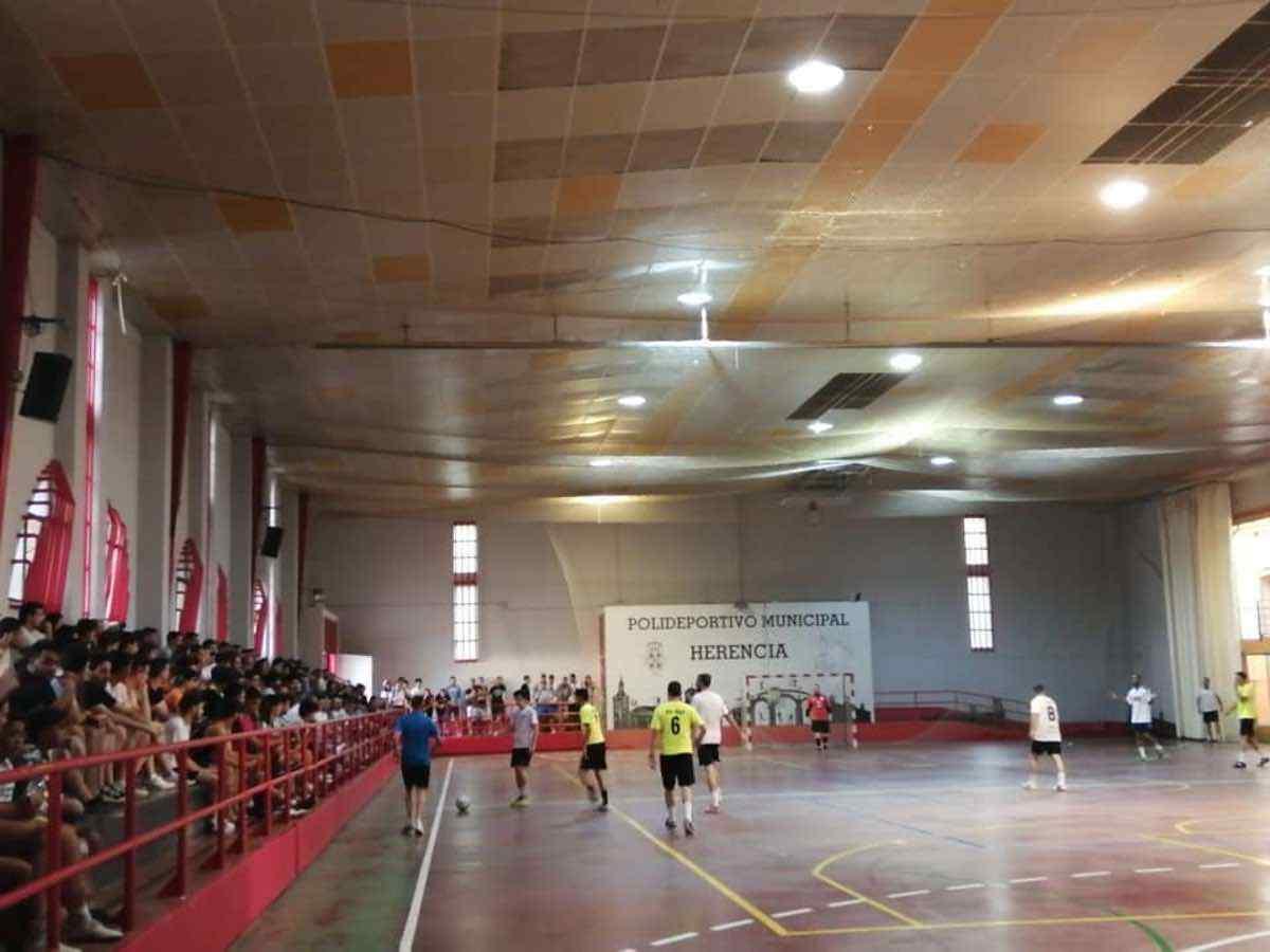 """34 maraton futbol sala herencia 8 - Finalizada la 34 Maratón de Fúbol-Sala """"Villa de Herencia"""""""