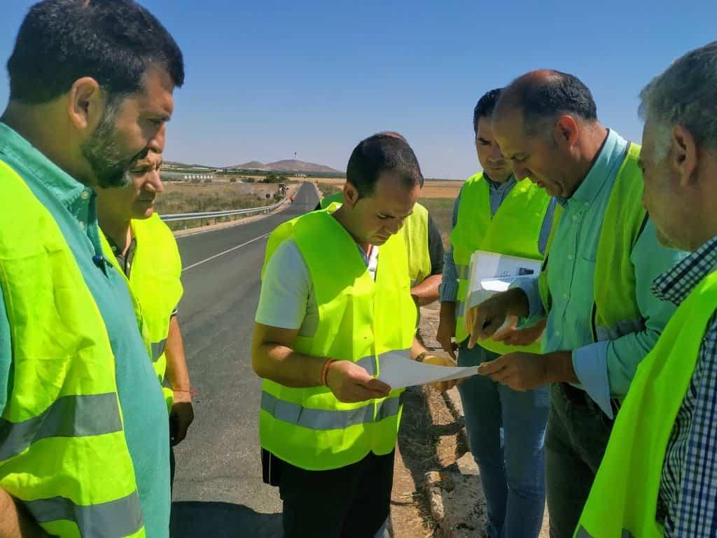 Comienzan las obras sobre el puente del Río Cigüela en la carretera que une Herencia y Manzanares 8
