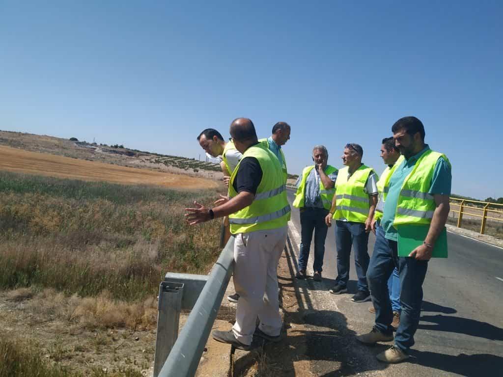 Comienzan las obras sobre el puente del Río Cigüela en la carretera que une Herencia y Manzanares 9
