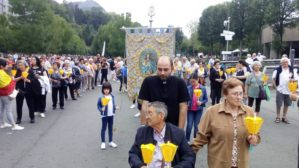 Peregrinaci%C3%B3n de la parroquia de Herencia a Lourdes4 299x168 - La parroquia de Herencia peregrina al santuario mariano de Lourdes