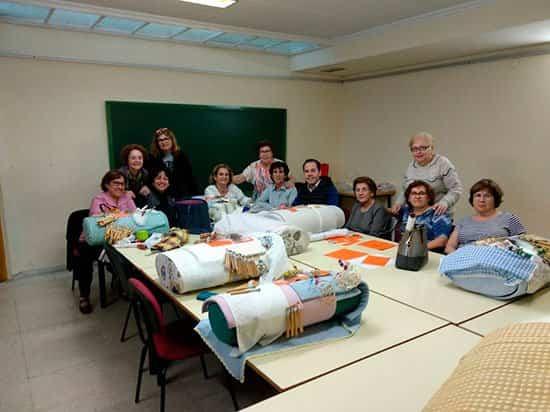 bolillos Herencia - Encajeras de Herencia participan del décimo segundo encuentro de bolillos de Villarrubia de los Ojos
