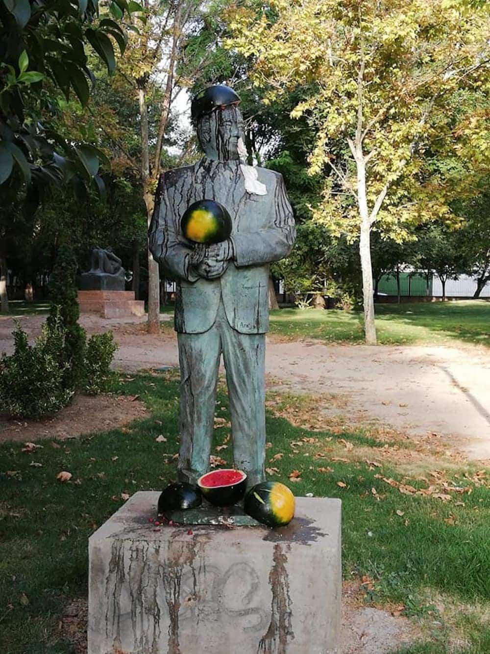 Vandalismo en la escultura de Agustín Úbeda en Herencia