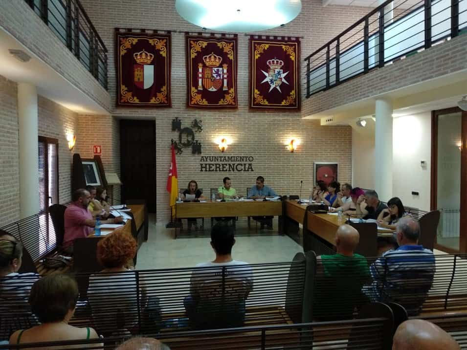 Celebrado el primer pleno ordinario de la legislatura en Herencia 3