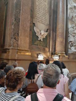 visita de la parroquia de Herencia a la basílica del Pilar Zaragoza1