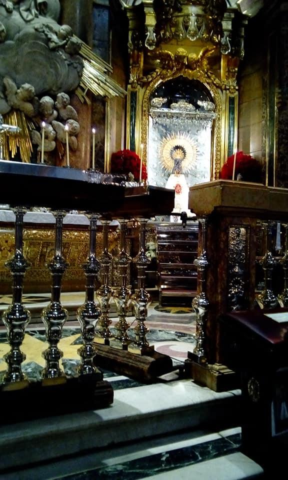 visita de la parroquia de Herencia a la basílica del Pilar Zaragoza4