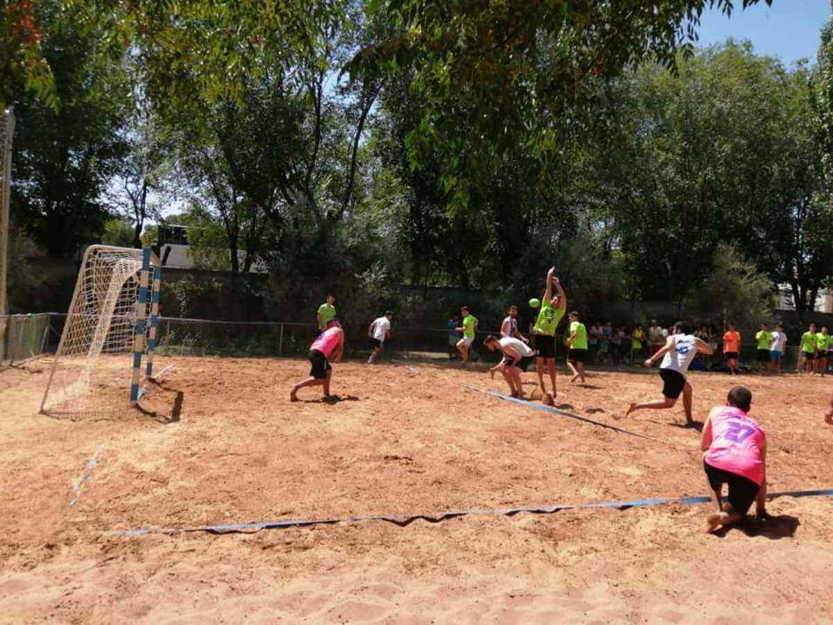 V torneo balonmano playa herencia 1 - Finalizado el V Torneo de Balonmano Playa en Herencia