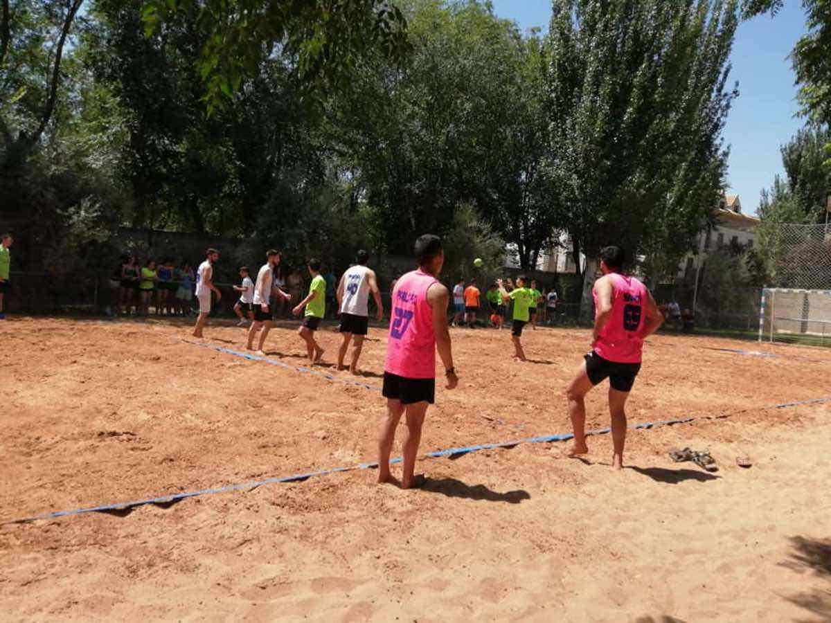 Finalizado el V Torneo de Balonmano Playa en Herencia 35