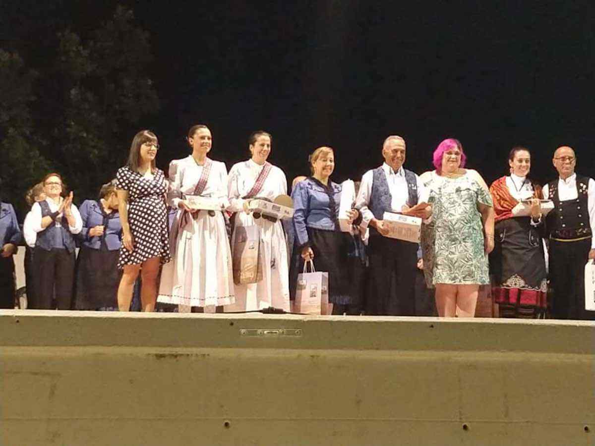 XXI Certamen de Folclore en Herencia 1 - Fotografías del XXI Certamen de Folclore en Herencia