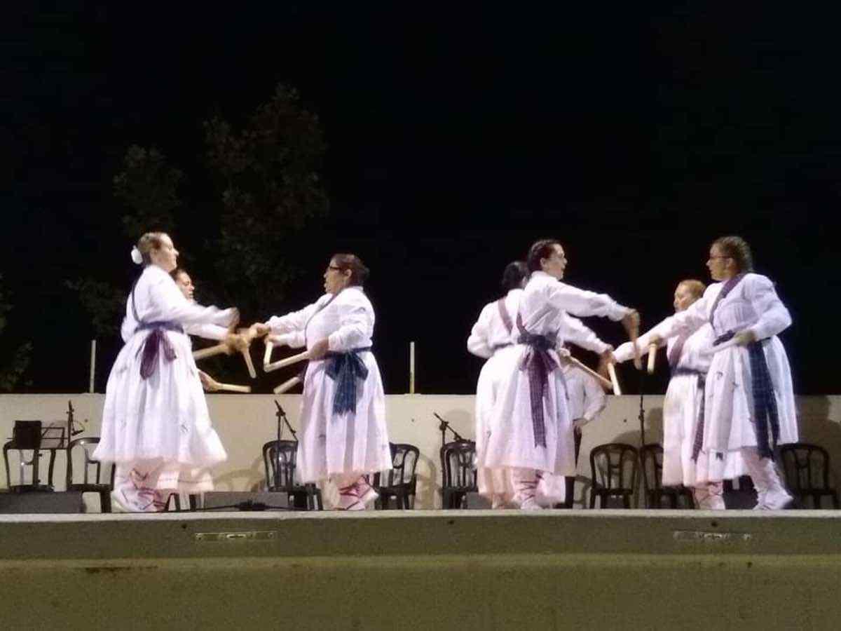 XXI Certamen de Folclore en Herencia 8 - Fotografías del XXI Certamen de Folclore en Herencia