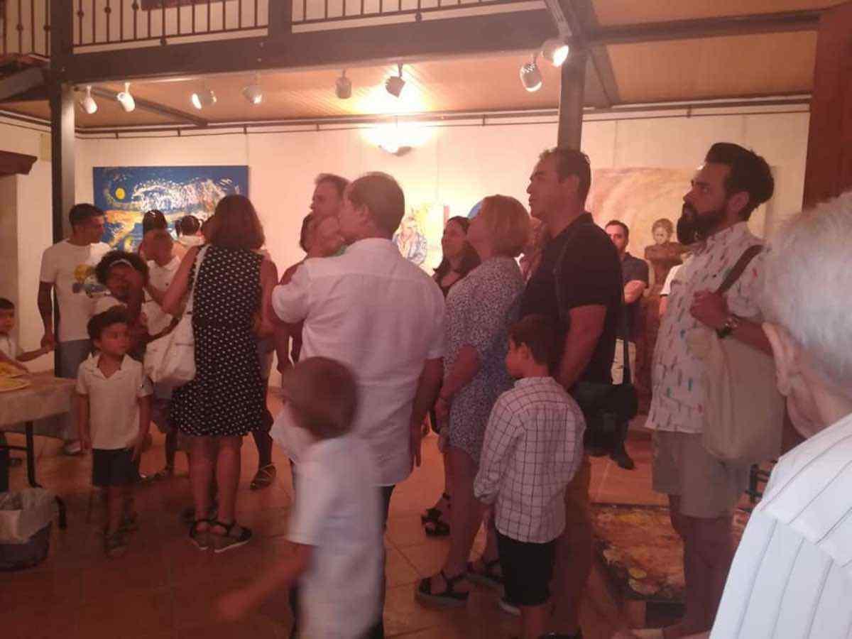 Inauguración de la Exposición Arte de Sonia Azañón Cruz 12