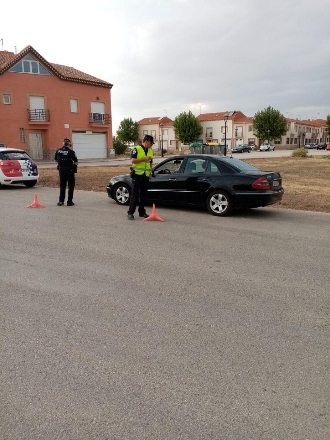 campaña seguridad policía local 1068x1424 - Campaña Especial sobre el Cinturón de Seguridad y los Sistemas de Retención Infantil