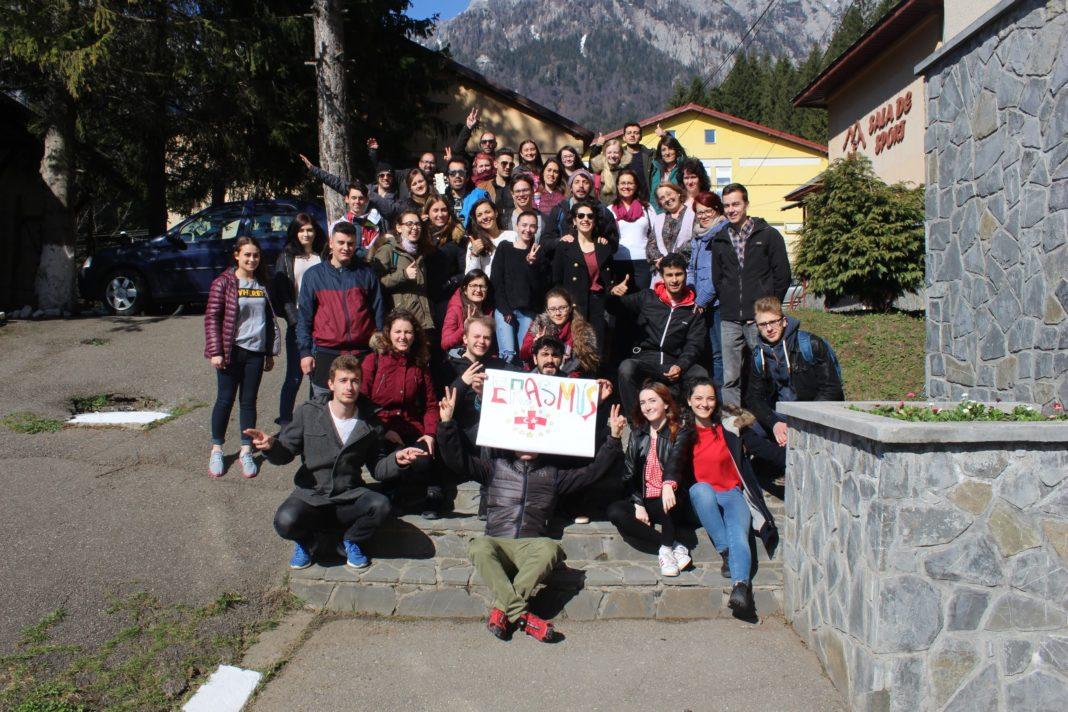 Las asociaciones locales El Uali Sahara y Aktive Kosmos en Rumanía 10