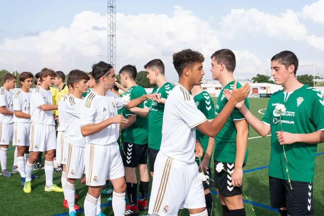 real madrid cadete A y Herencia CF2 - El partido entre el Cadete A del Real Madrid y el Herencia Sub-17 contó con la presencia de Julen Guerrero
