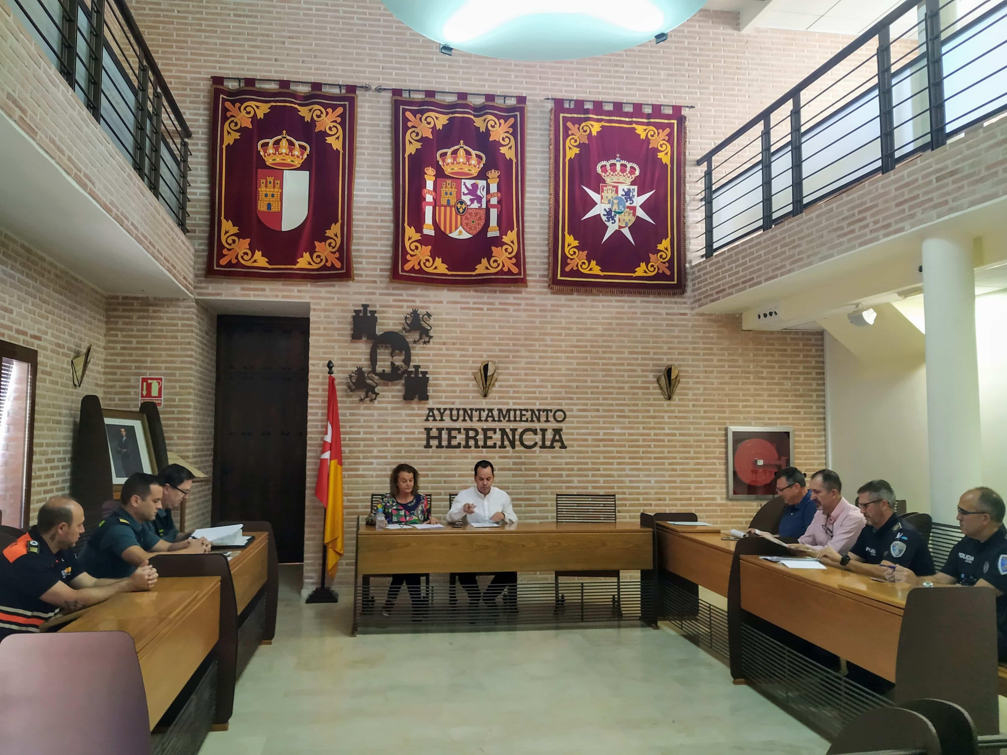 reunion juna local seguridad herencia - La Junta Local de Seguridad se coordina para la Feria y Fiestas de Herencia