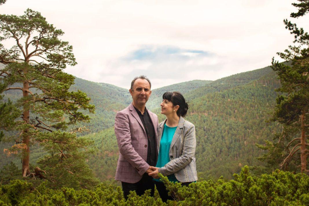 El dúo herenciano Cis Adar entrevistando en la COPE, Artesanos de la Fe 1