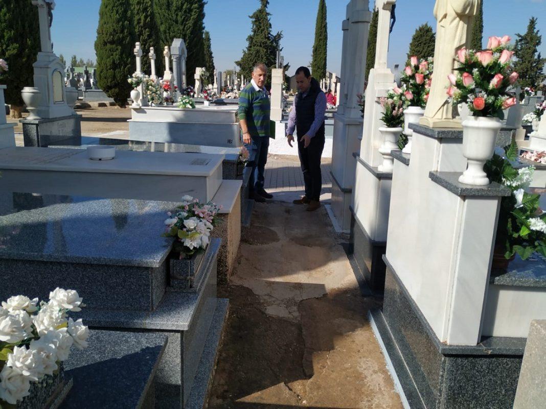 Servicio gratuito de autobuses para el Día de los Santos y obras de mejora en el Cementerio 13