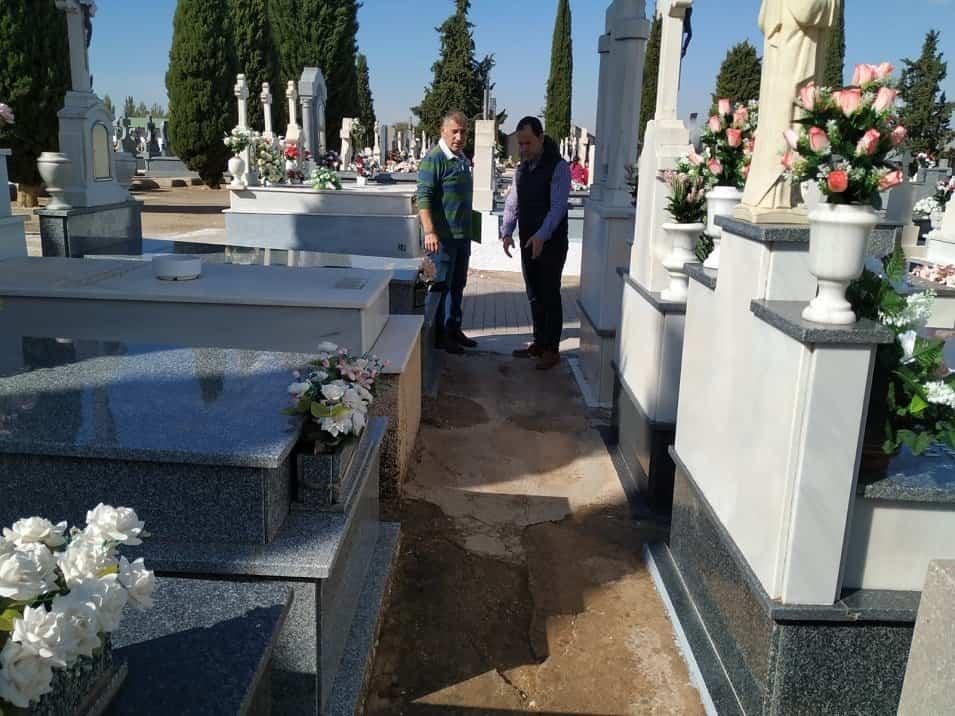 Portada - Servicio gratuito de autobuses para el Día de los Santos y obras de mejora en el Cementerio