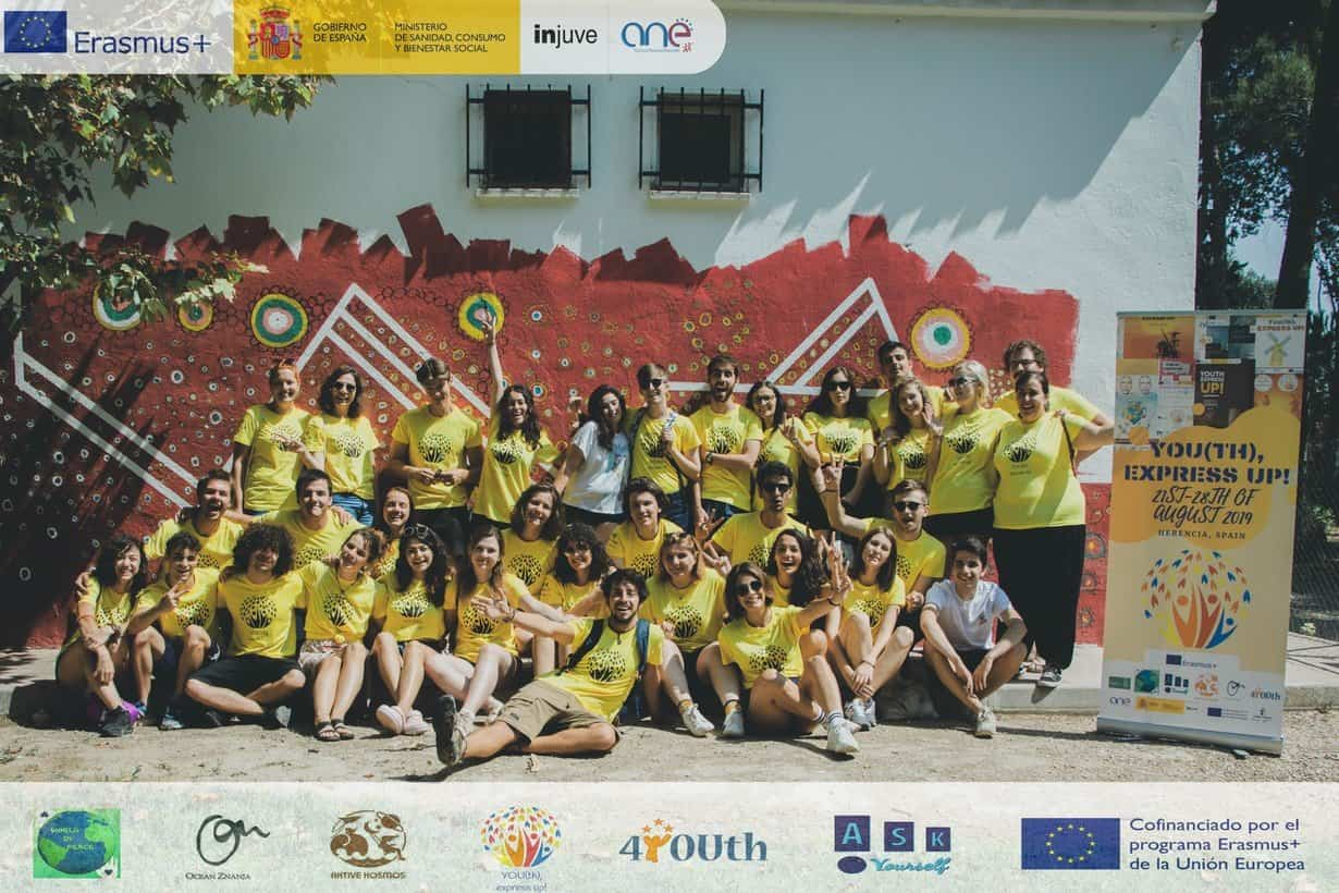 "YOUth express UP EN HERENCIA1 - ""YOU(th), express UP!"" EN HERENCIA"