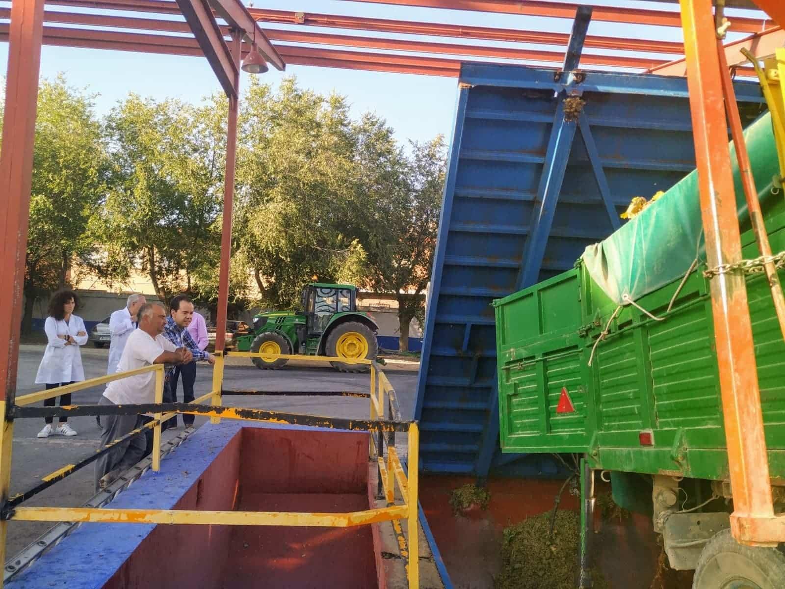 Bodegas San José en el ecuador de la campaña de vendimia en Herencia 9