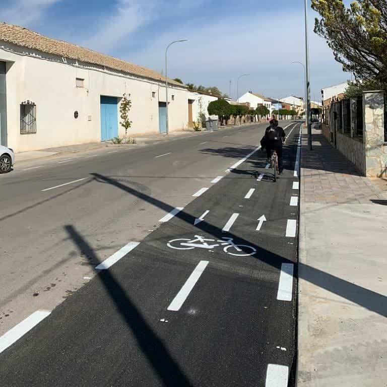 Herencia ya cuenta con una primera parte de su carril bici 6