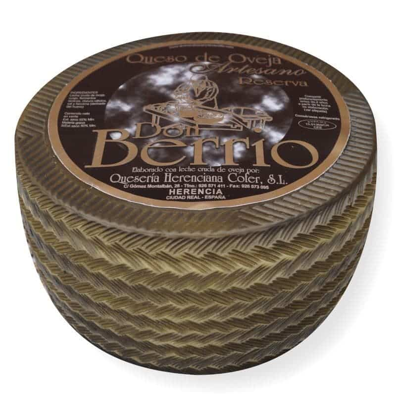 queso manchego viejo - World Cheese Awards premia a los quesos de Quesera Herenciana Cofer
