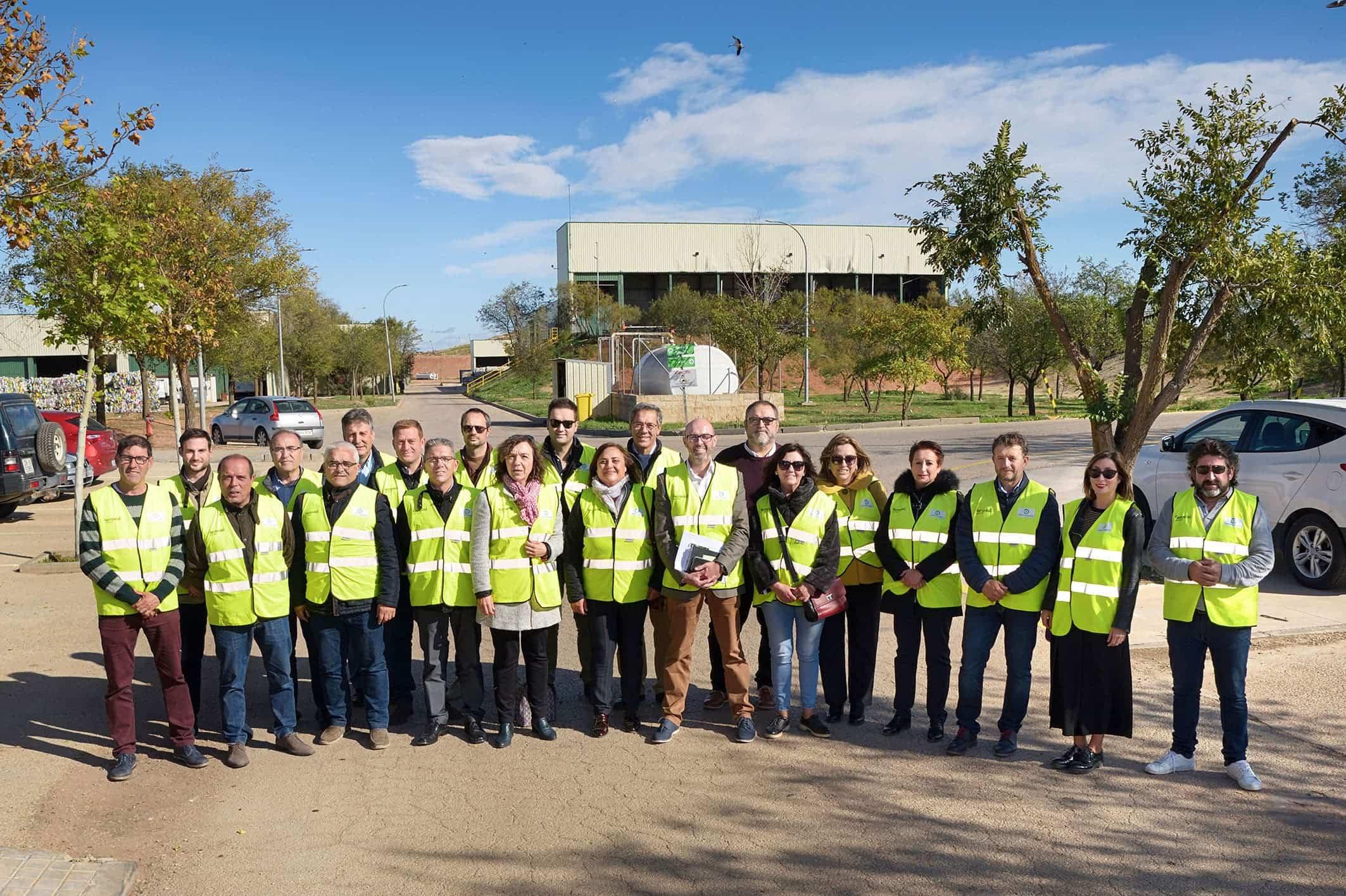 20191109 Pleno y visita a la planta001 Comsermancha - La Corporación de Comsermancha visita la planta de RSU