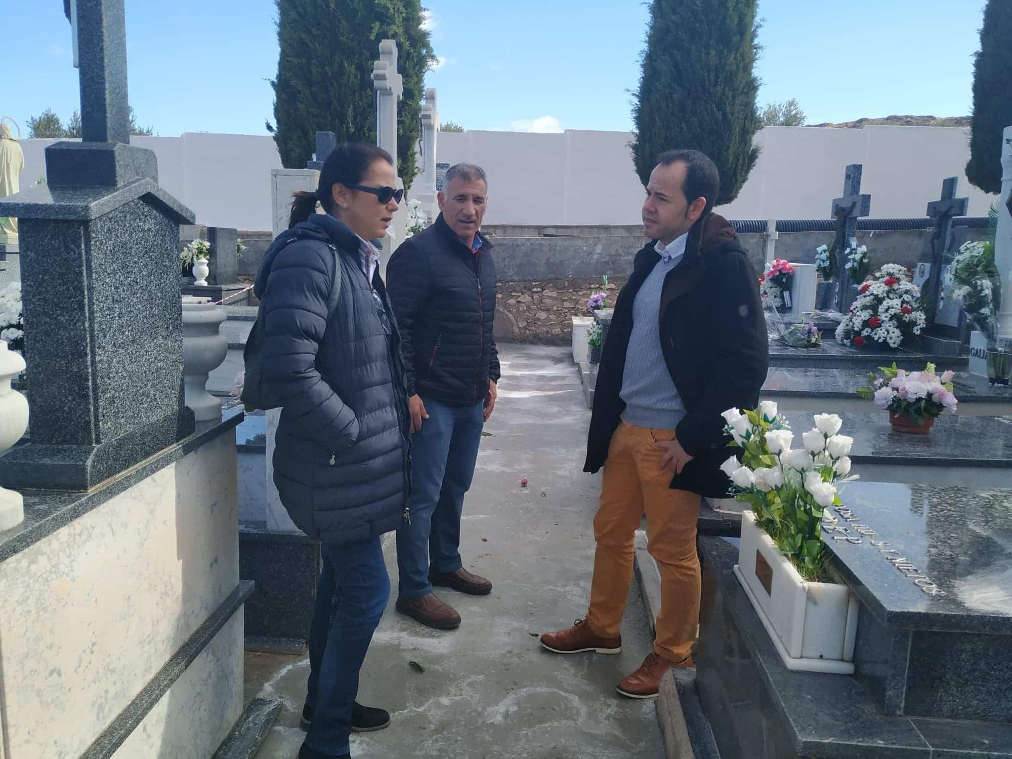 Mejoras pasillos cementerio herencia 2 - Comienza la primera fase de obras de mejora en el Cementerio Municipal