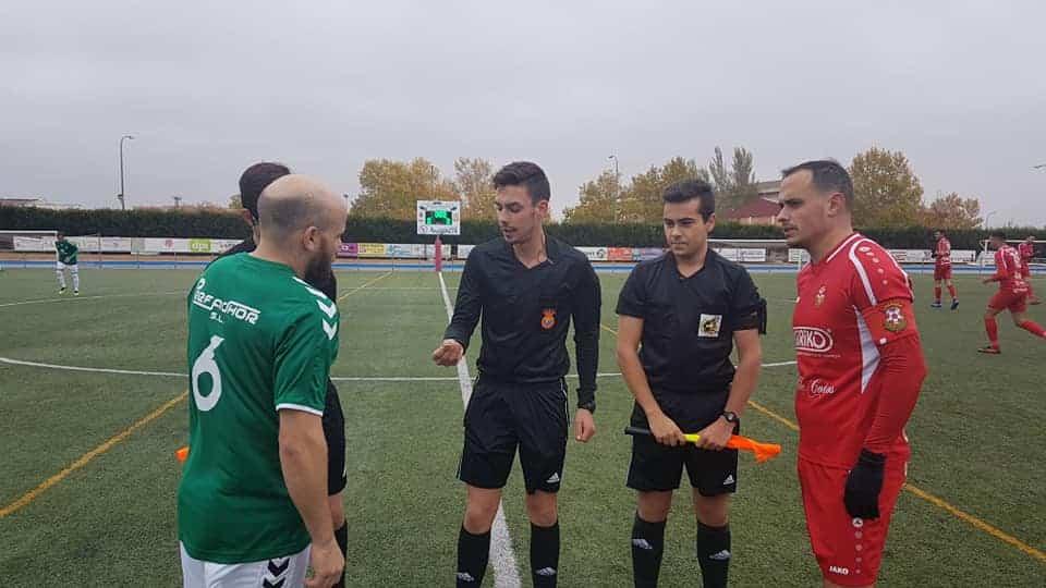 futbol pedro munoz herencia 1 - El Acto. Pedro Muñoz deja de ser un equipo invicto a costa de un buen Herencia C.F.