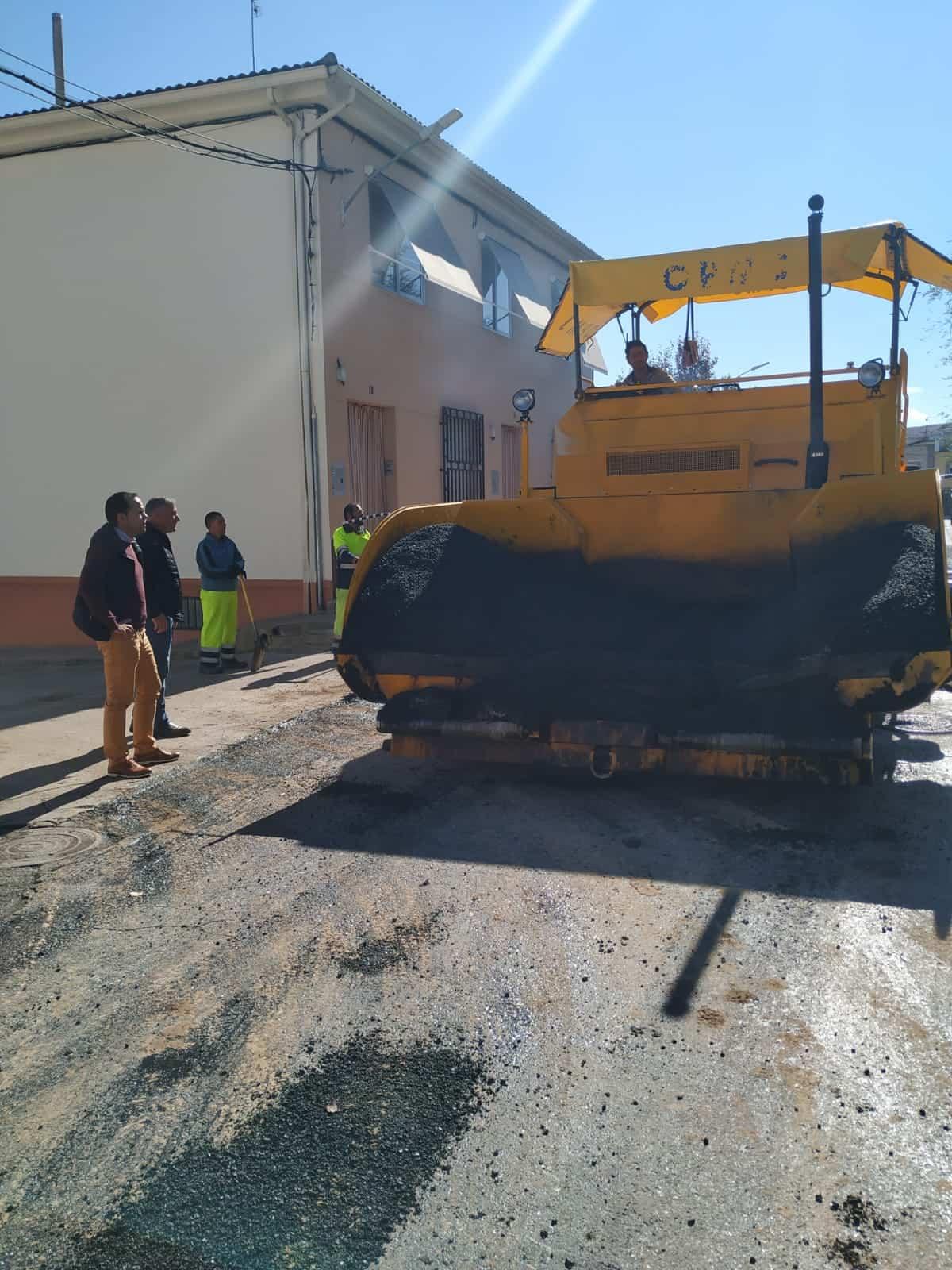 Arranca el Plan de Asfaltado de esta nueva legislatura en Herencia 6