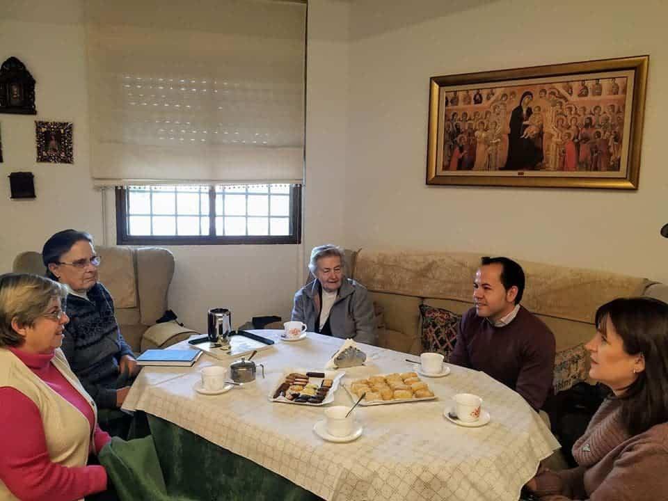 """visita casa de oracion santa maria en herencia 1 - La Casa de Oración """"Santa María"""" en Herencia recibe a las autoridades"""