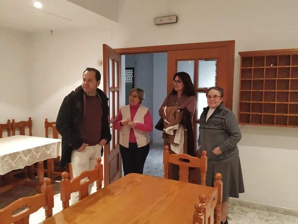 """visita casa de oracion santa maria en herencia 2 - La Casa de Oración """"Santa María"""" en Herencia recibe a las autoridades"""