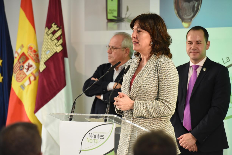 El gobierno regional asegura su apoyo a la cooperativa La Encarnación del Grupo Montes Norte en Herencia 8