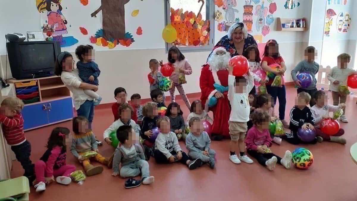 Papa Noel visitó la Ludoteca Municipal de Herencia 3