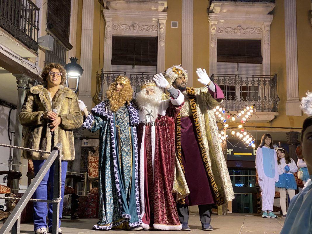 cabalgata reyes 2019 herencia 1 1068x801 - Galería de fotografías de Cabalgata de Reyes Magos de Herencia