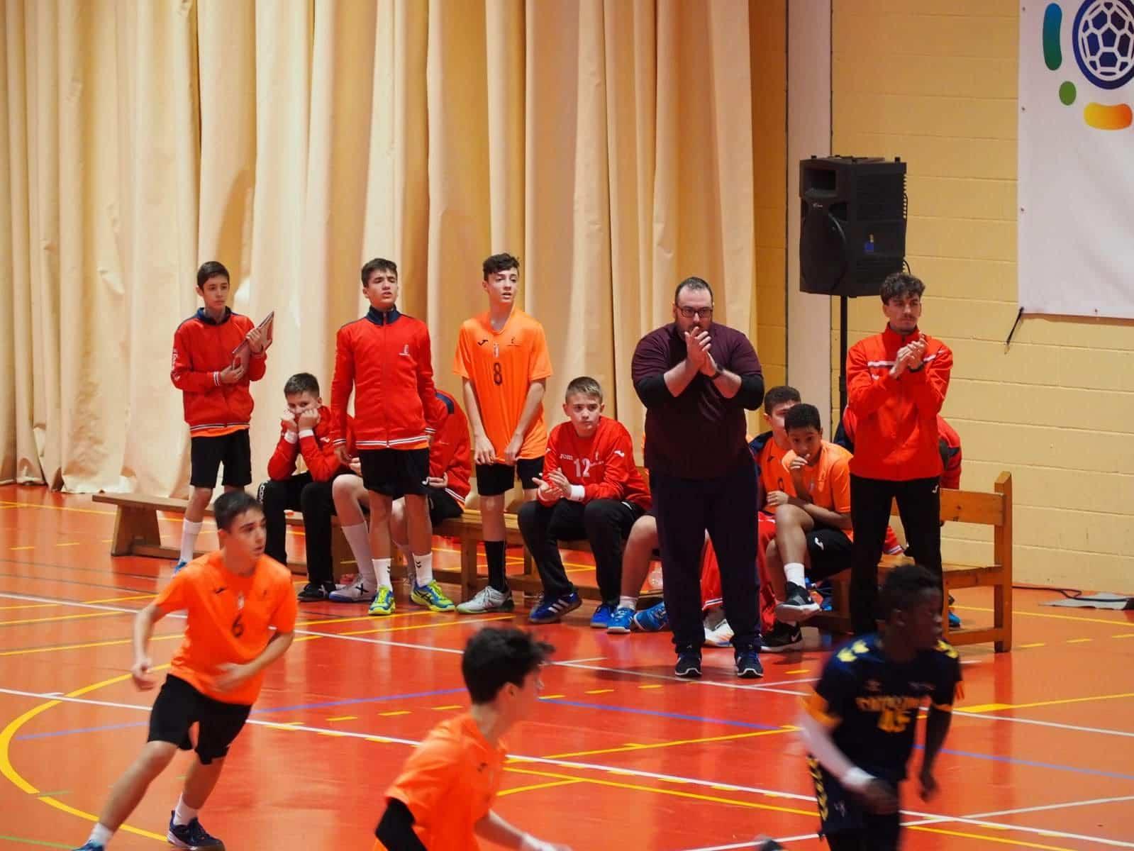 jugando Balonmano Base - Herencia en el Campeonato de España de Balonmano Base