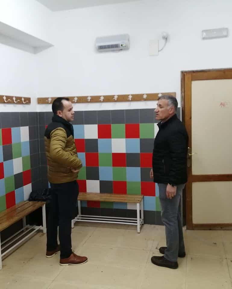 mejoras pabellon polideportivo herencia 3 - Mejoras en los vestuarios y aseos del Pabellón Polideportivo de Herencia