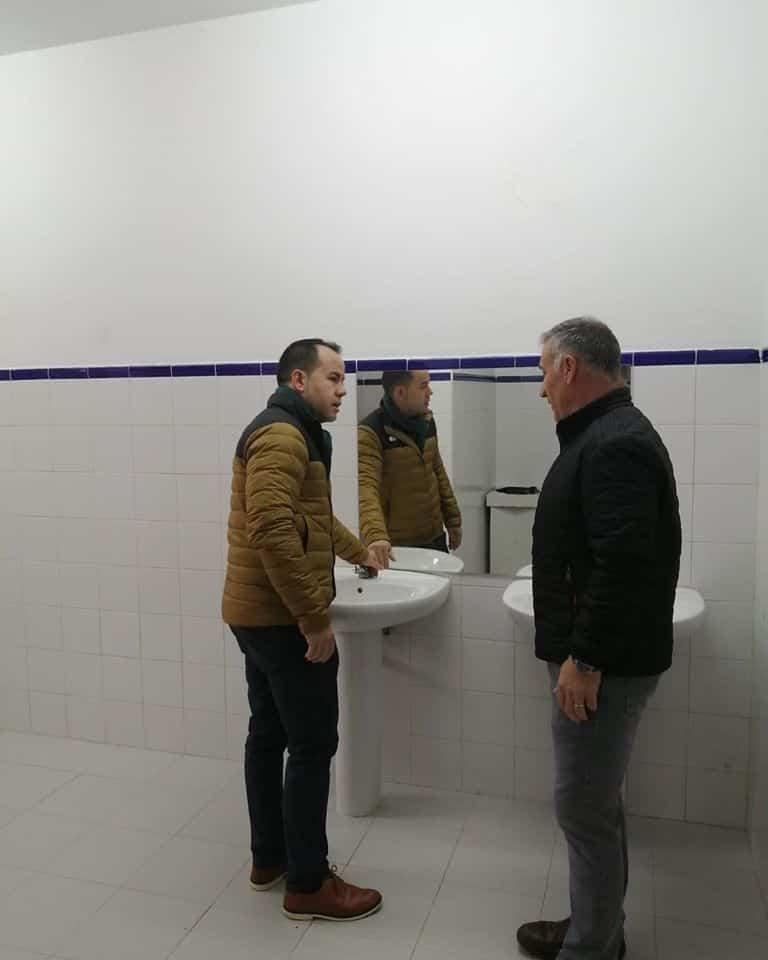 mejoras pabellon polideportivo herencia 4 - Mejoras en los vestuarios y aseos del Pabellón Polideportivo de Herencia