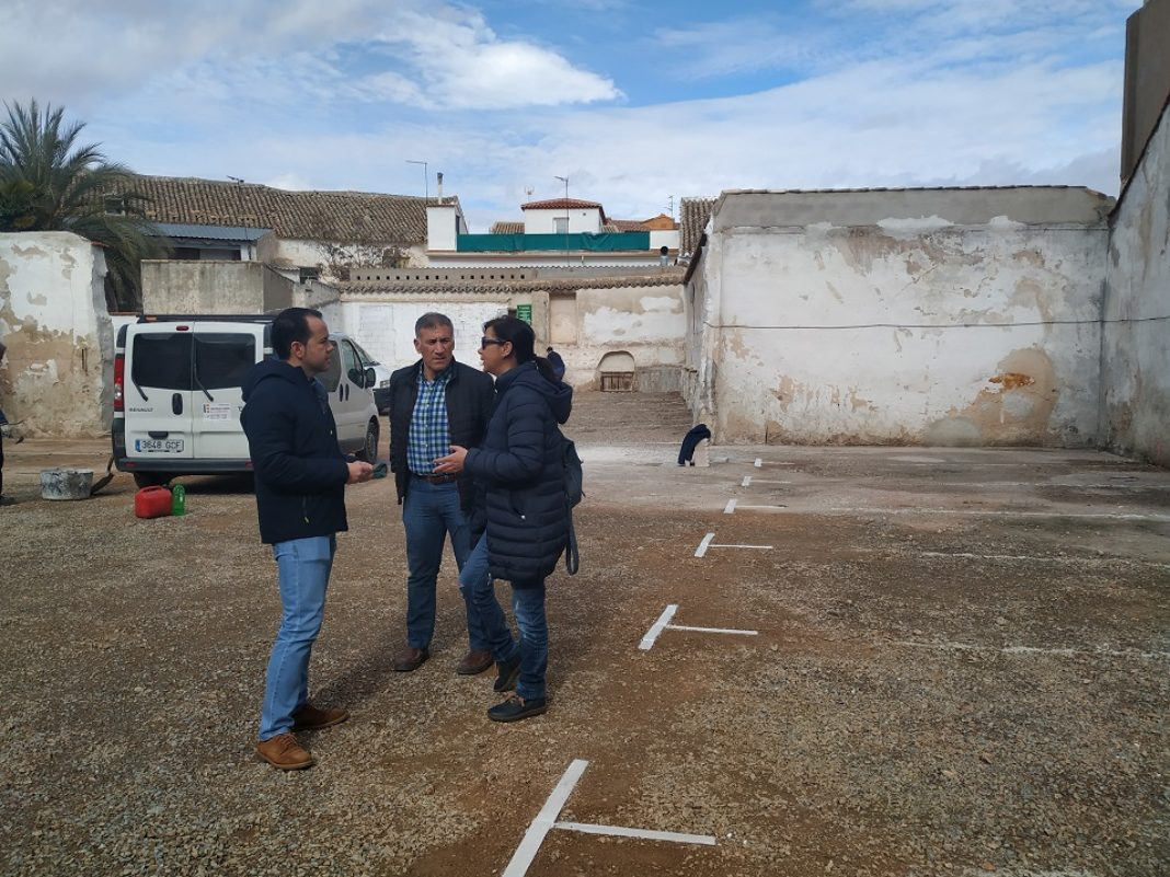 nuevo aparcamiento municipal 1068x801 - El Ayuntamiento de Herencia abre el viernes 31 de enero un nuevo aparcamiento público