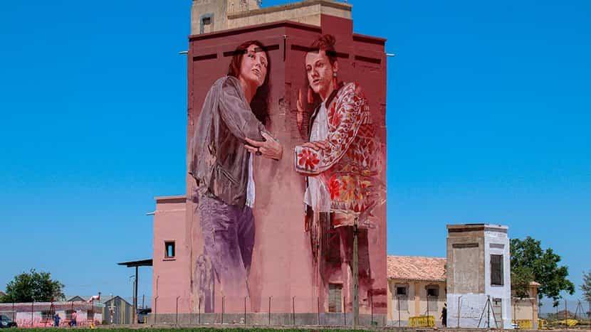 silo de Herencia pintado por Fintan Magee - Herencia presentó parte de su potencial turístico en FITUR