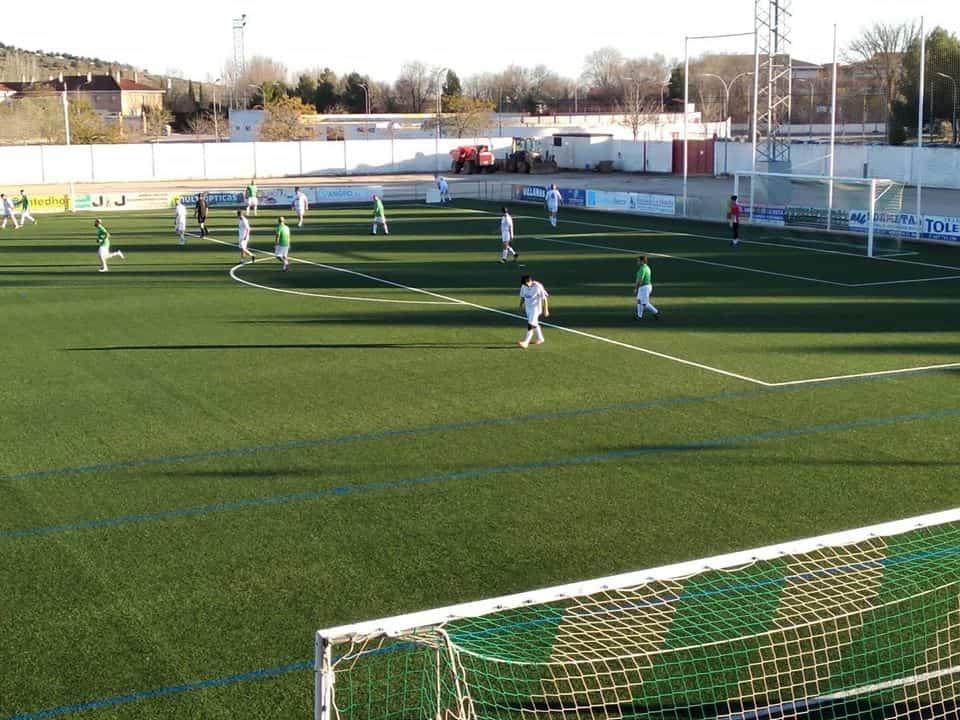 El II Torneo de Fútbol de Veterano clausura las navidades deportivas de Herencia 5