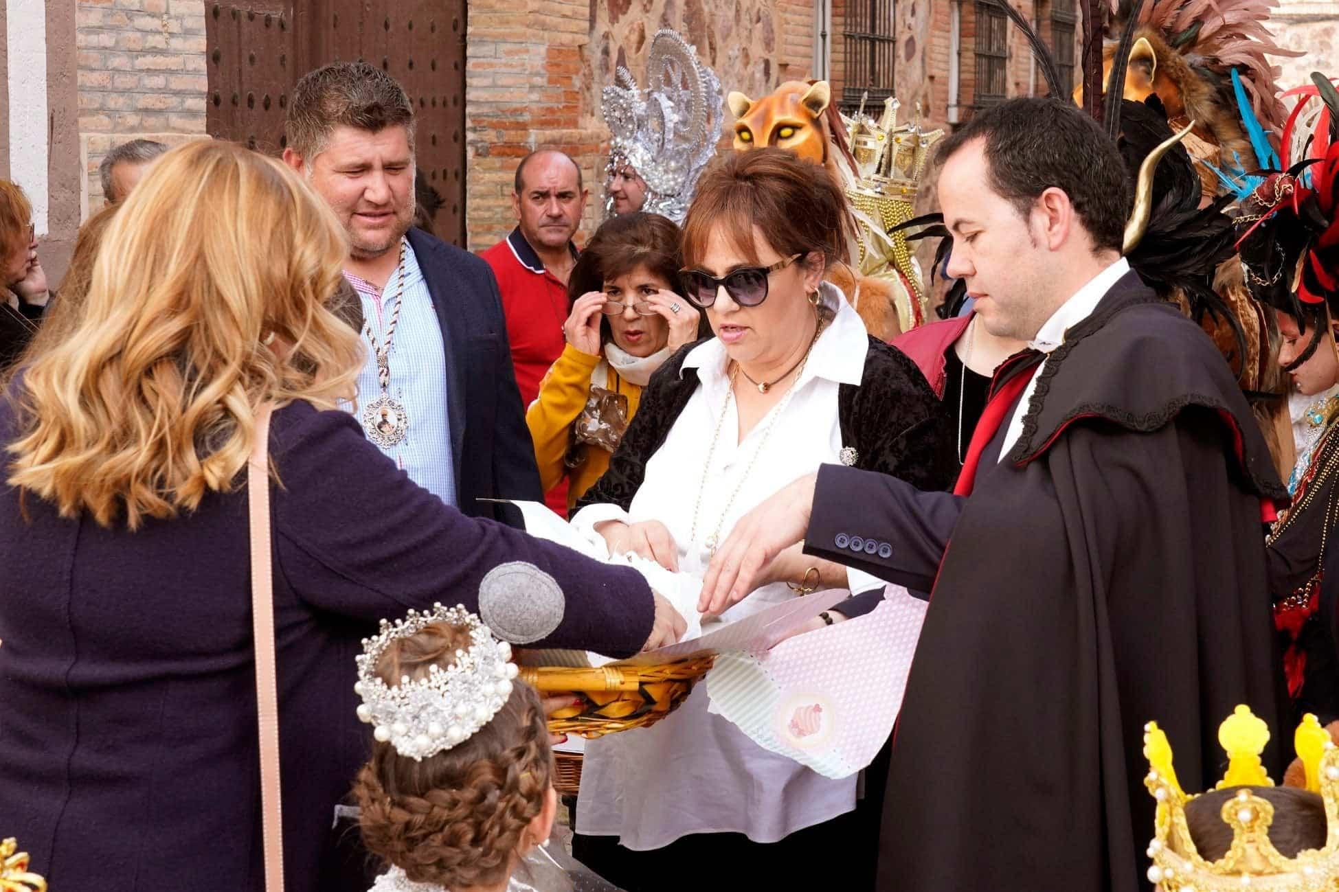 Selección de fotografías del Ofertorio del Carnaval de Herencia 397