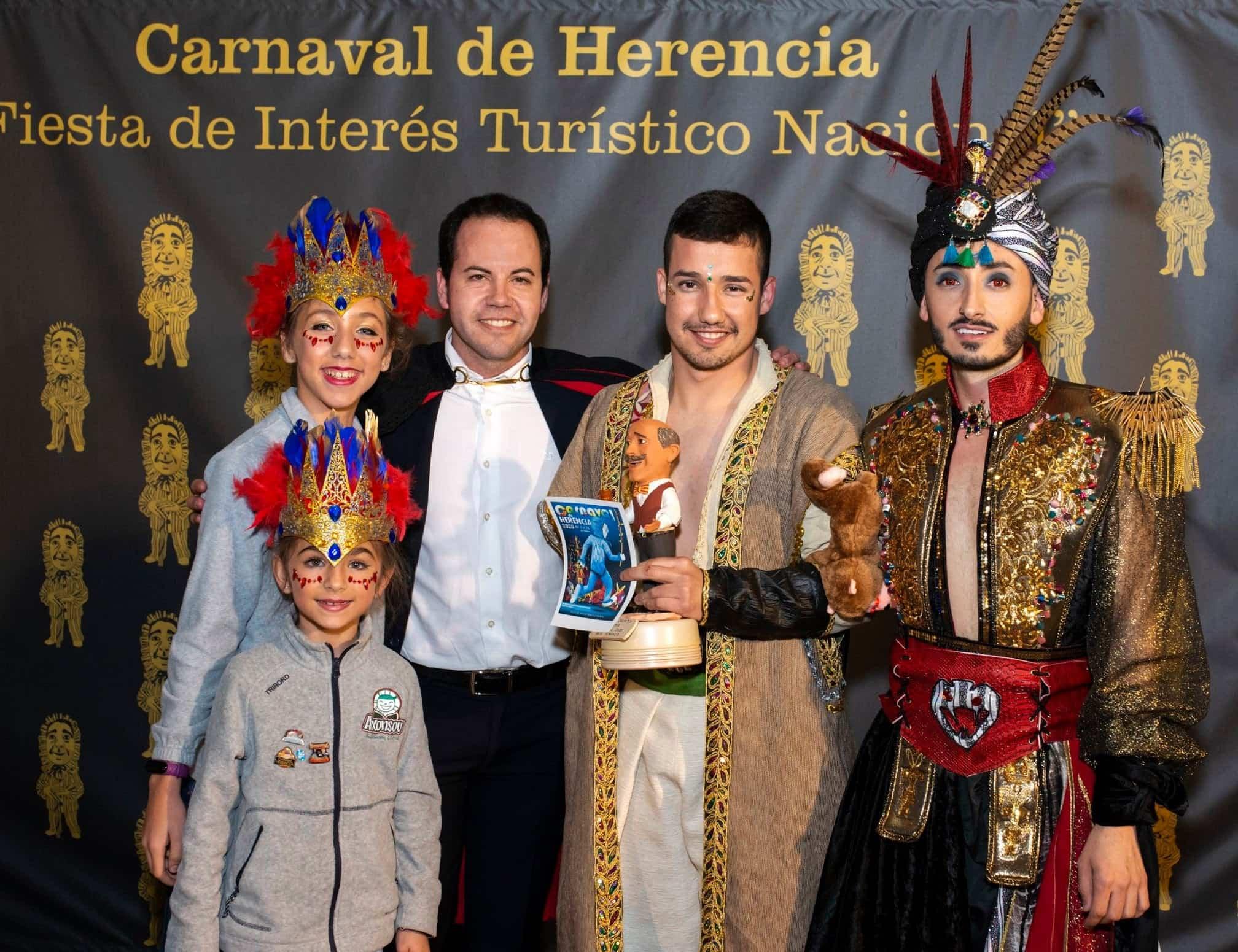 Selección de fotografías del Ofertorio del Carnaval de Herencia 500
