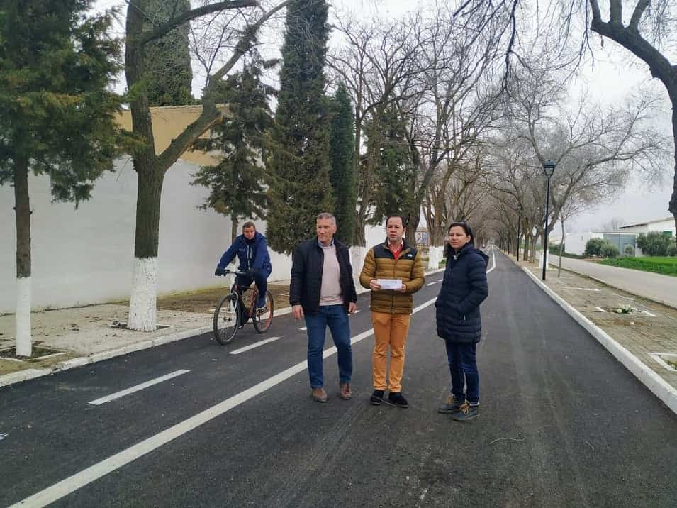 asfaltado camino del cementerio herencia - Finalizan los trabajos de asfaltado del Camino del Cementerio de Herencia