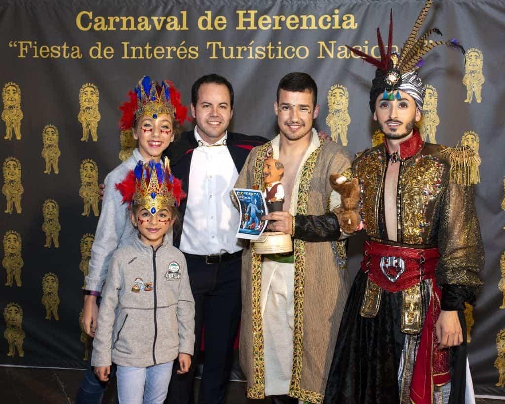 dia ofertorio herencia 1 carnaval - Herencia celebra su multitudinario Ofertorio con 42 agrupaciones participantes y más de 7 horas de desfile