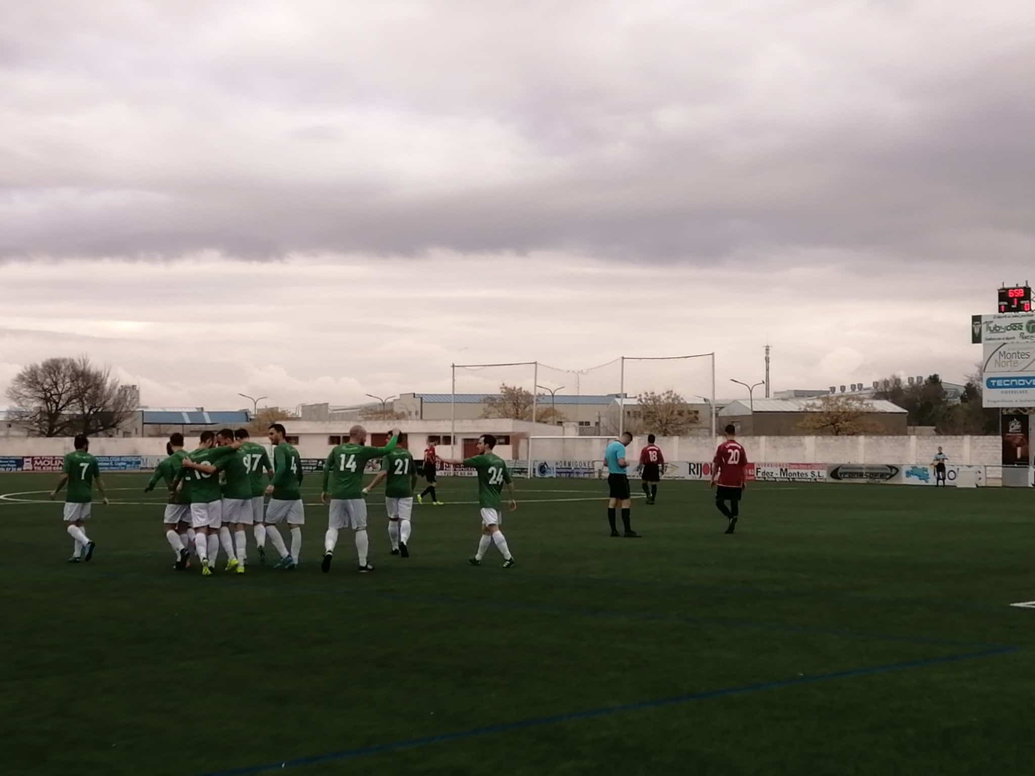 herencia cf cd piedrabuena - El Herencia C.F. supera al C.D. Piedrabuena 3-0 en un sábado redondo